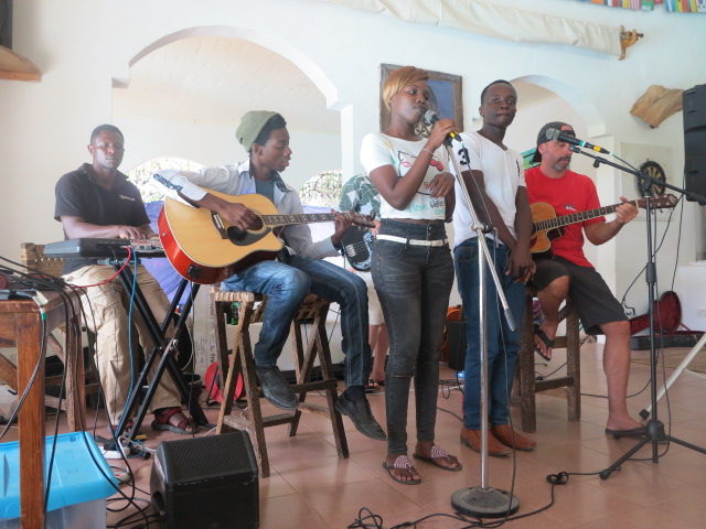 Music in Kilifi - Distant Relatives - Kenya coast